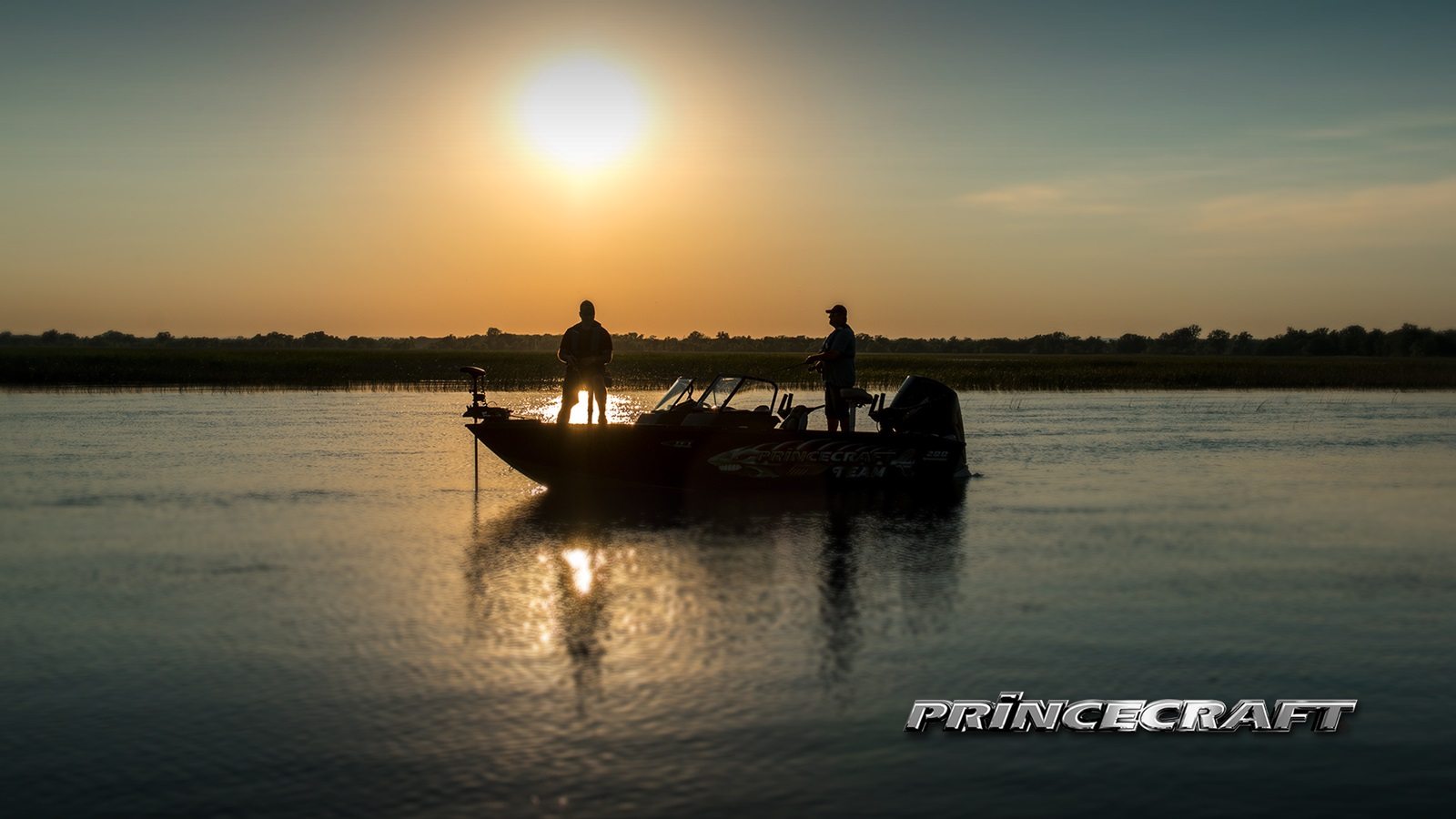 Wallpapers and Photos of Princecraft Pontoon and Fishing Boats